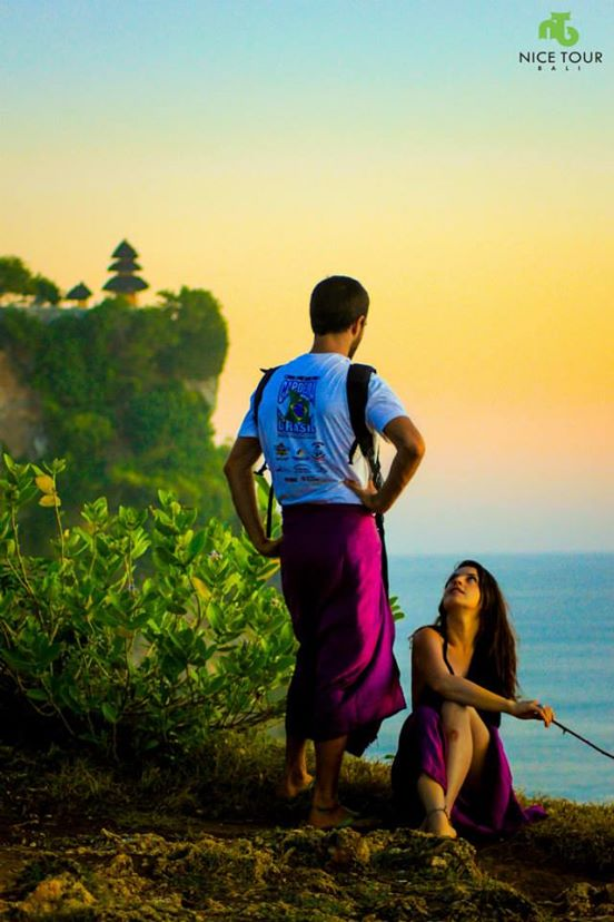 Random couple in Uluwatu Temple