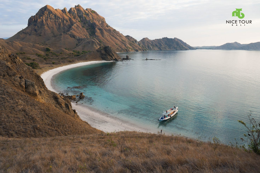 Lombok Komodo Tour 5 days 4 nights