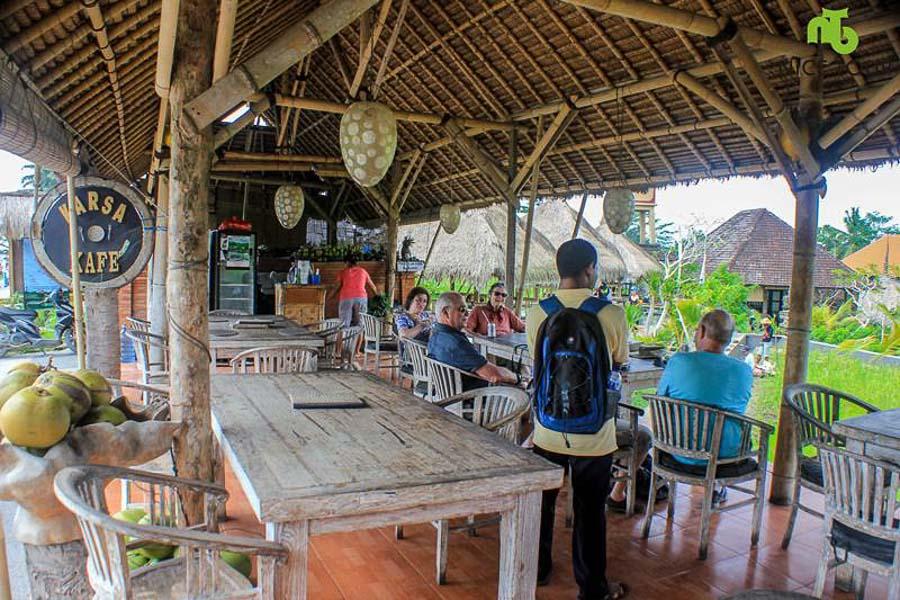 Take a rest at Karsa Cafe