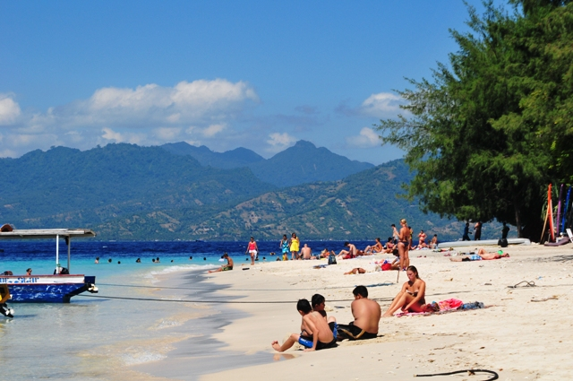 Tour Bali Lombok 3 days 2 nights | By flight!