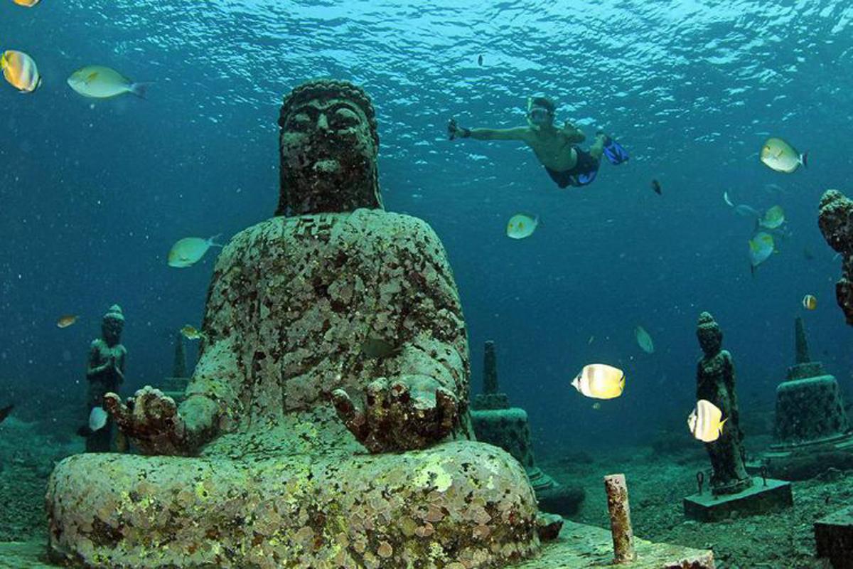 Buddha Underwater Point Lembongan
