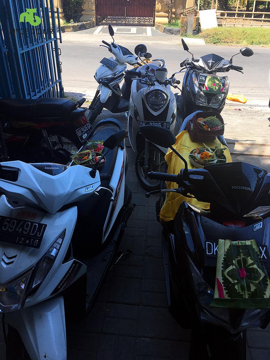 worship motorbikes Bali