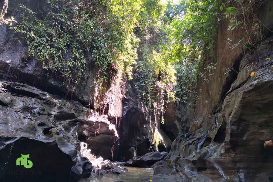 Hidden Beji Guwang Bali